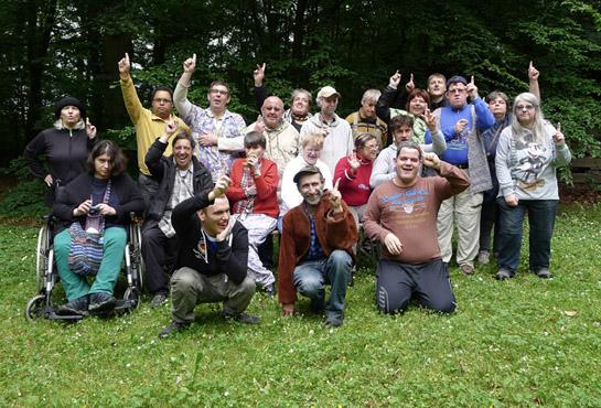 Kunst-Workshop Gruppenbild aller Teilnehmerinnen